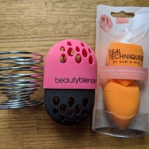 Beauty Blender, Real Techniques Sponge and Stand